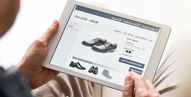 Tips Membeli Sepatu Secara Online Agar Selalu Pas